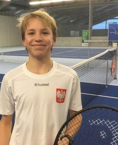 Goran zgłoa tenis